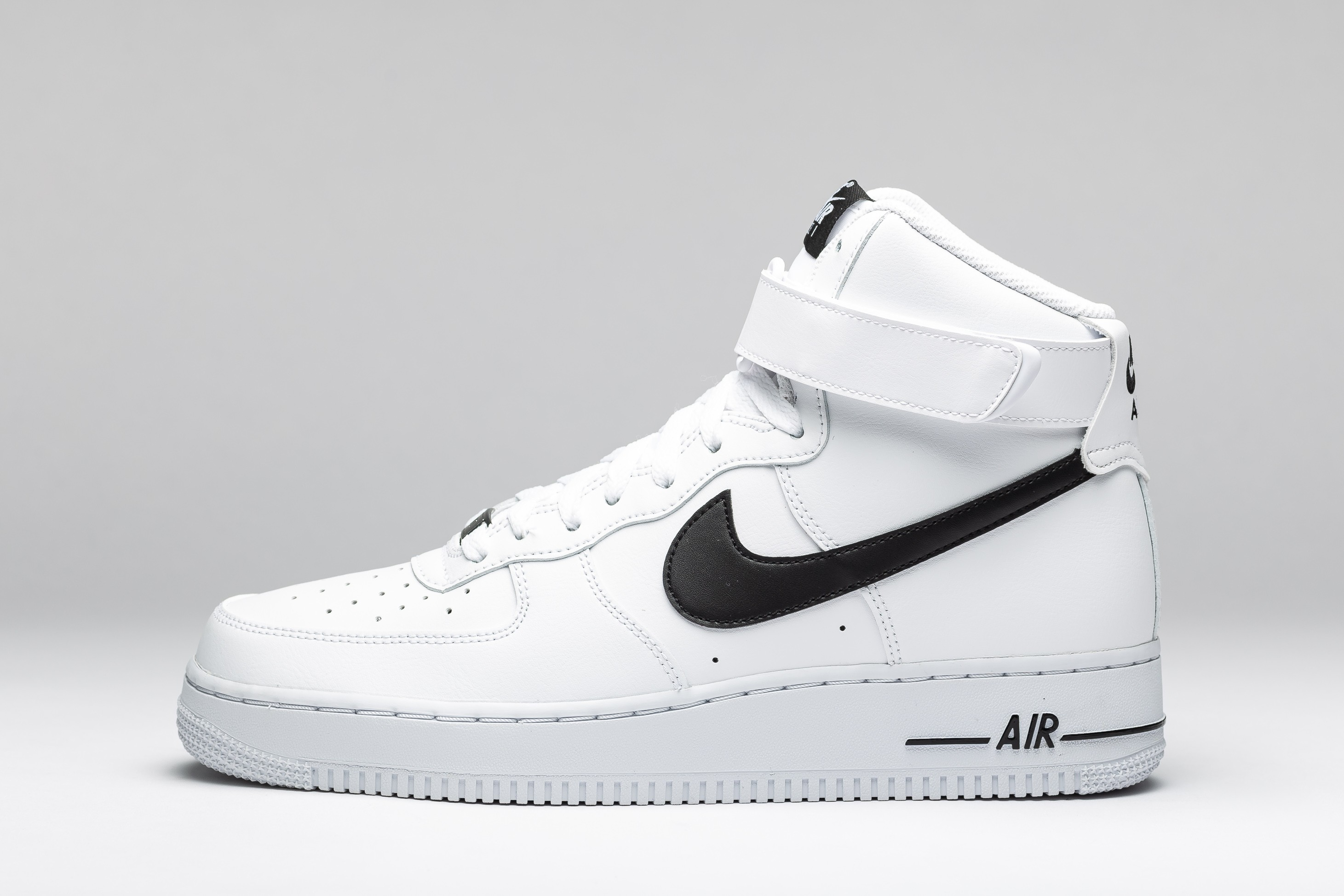 AIR FORCE 1 HIGH 07 AN20