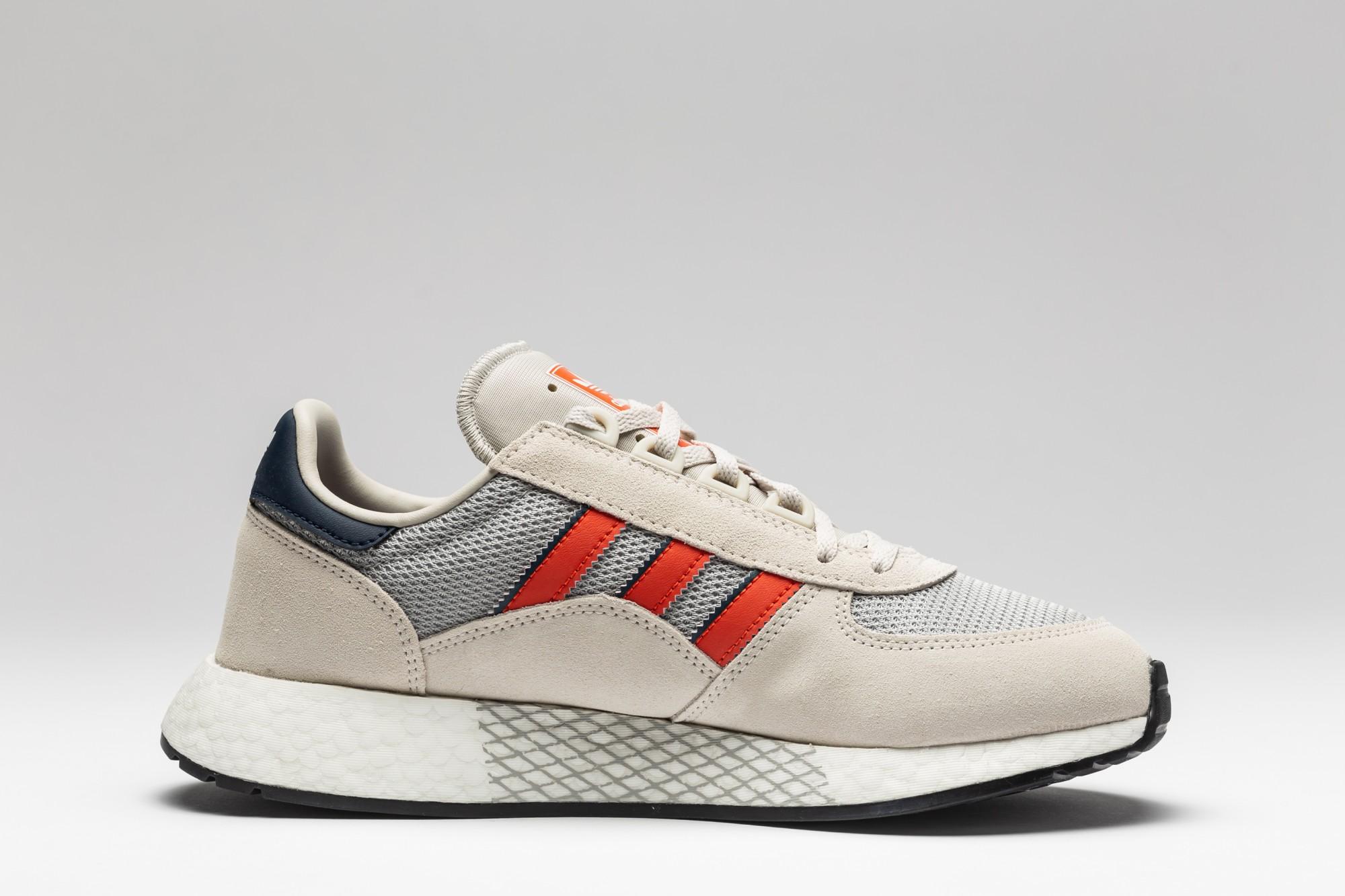 Adidas Marathon Tech EE4917 Raw White Actora Navy