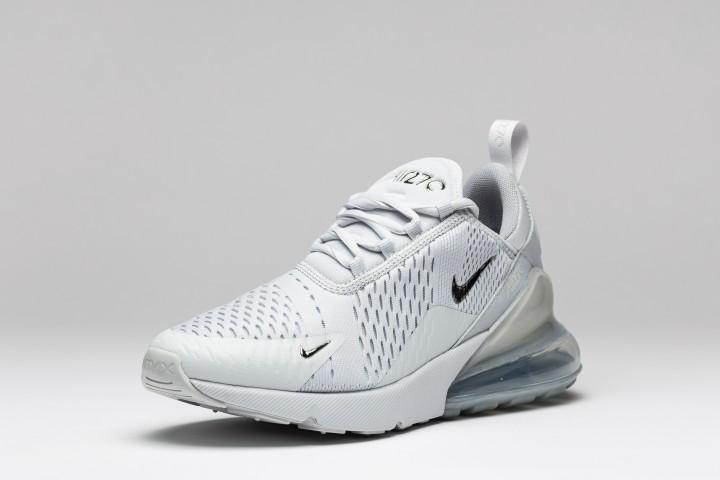 Großhandel Nike Men's Air Max 270 creme black white coral