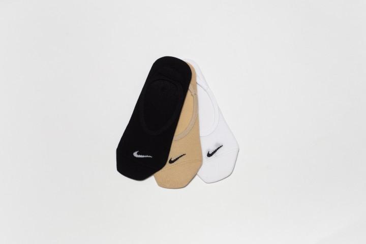 W Lightweight Footie Socks